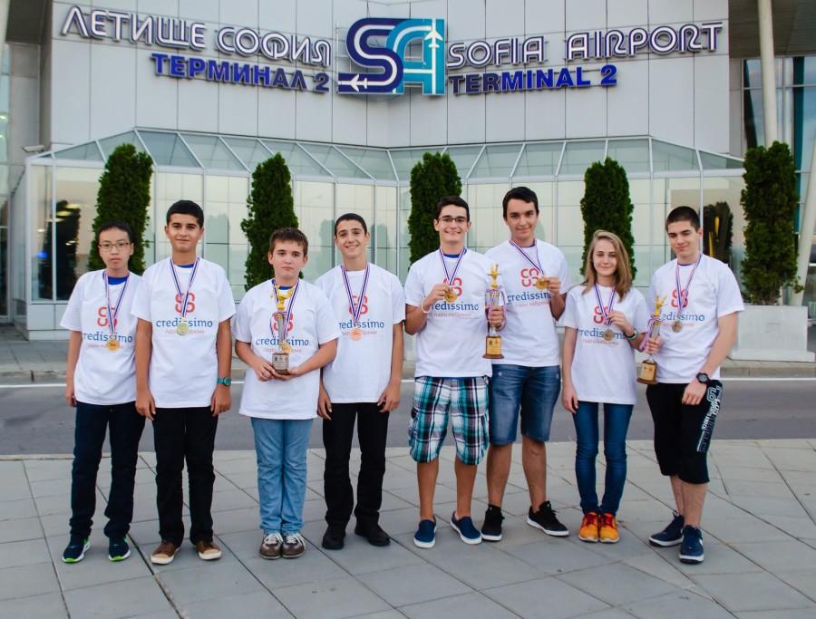 Кредисимо инвестира в децата на България