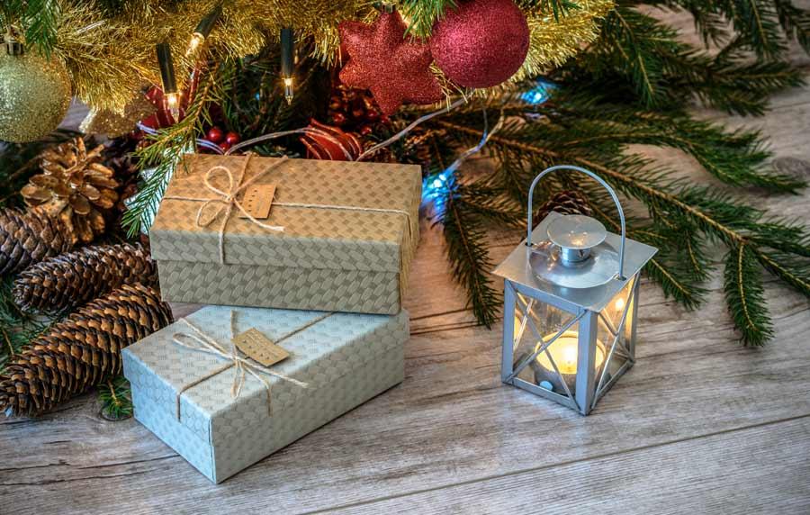 Идеи за достъпни Коледни подаръци