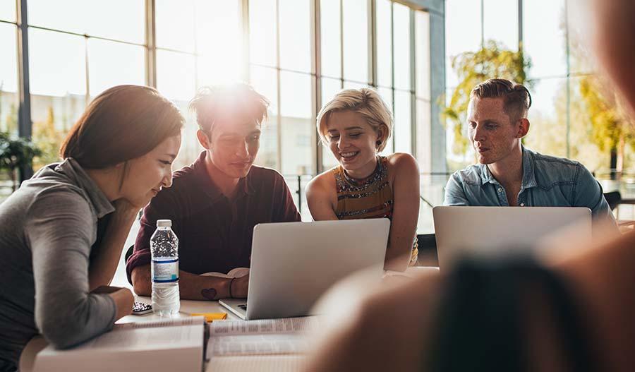 Студентски Кредит с изгодни условия